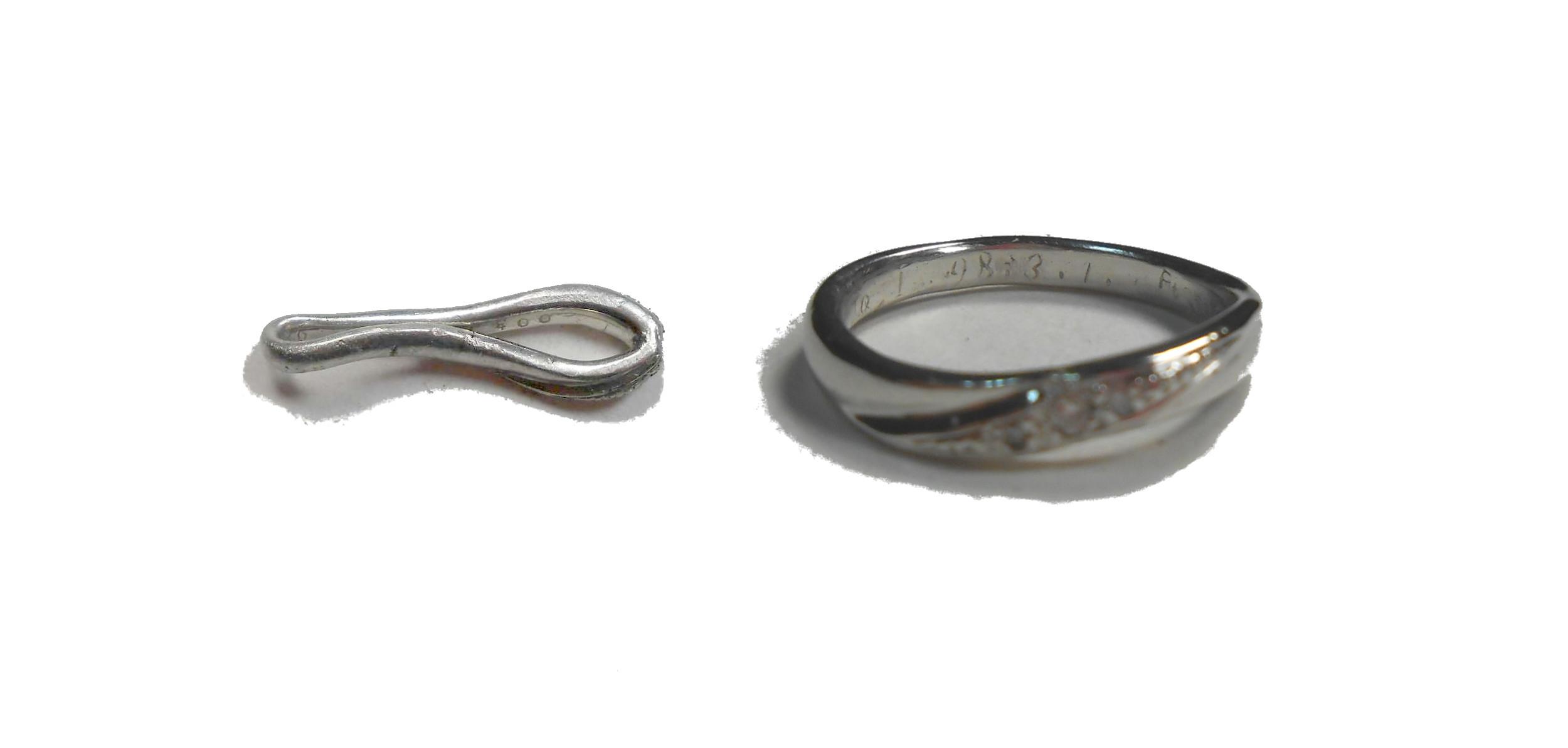 ペッチャンコの指輪を元通りに修理します。
